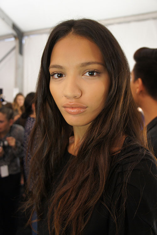 The final look at BCBG Maxazria featured crisp, polished skin, a nude pout, mascara and natural waves.
