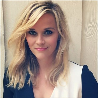 Get the Look: Reese Witherspoon's Blue Eye-Enhancing Makeup | Beauty ...  Reese Witherspoon