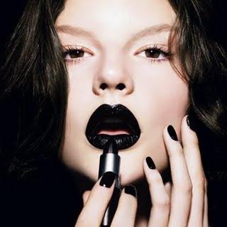 0909 black lips